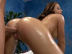 Sexy eighteen Year old sexy floosie gets fucked hard by her massage therapist!